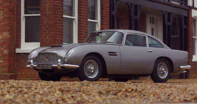 Aston Martin DB5 profile