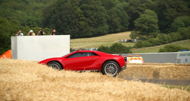 Italdesign Giugiaro Parcour Concept crash Goodwood spin