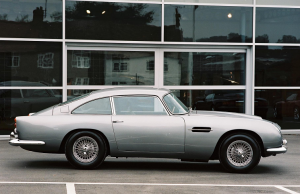 1963 Aston Martin DB5 profile