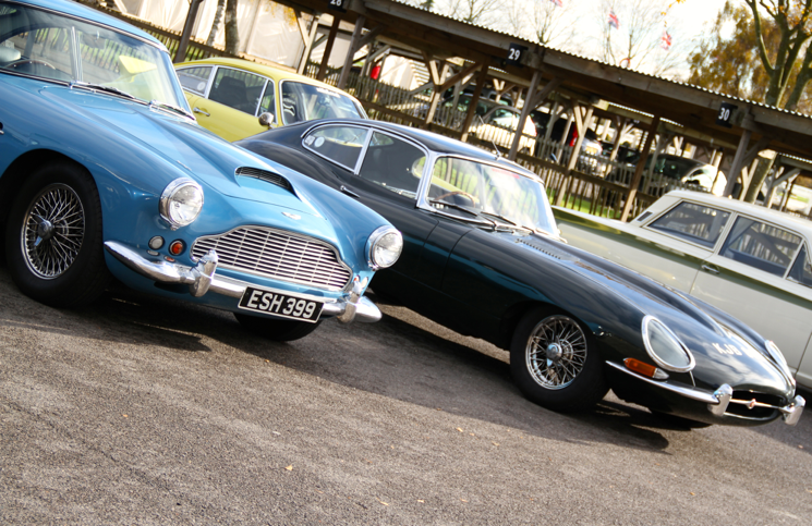 Aston Martin DB4 VS Jaguar E-Type