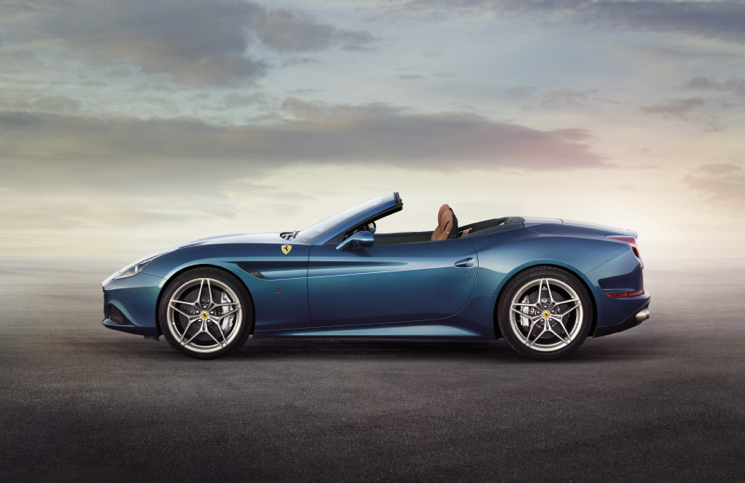 Ferrari California T blue profile
