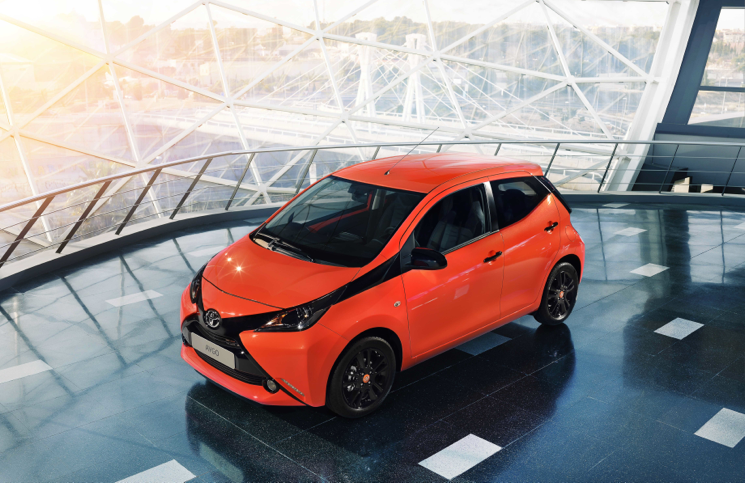 2014 Toyota Aygo front