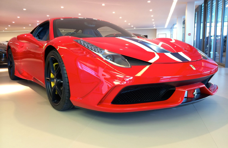 Ferrari 458 Speciale red front