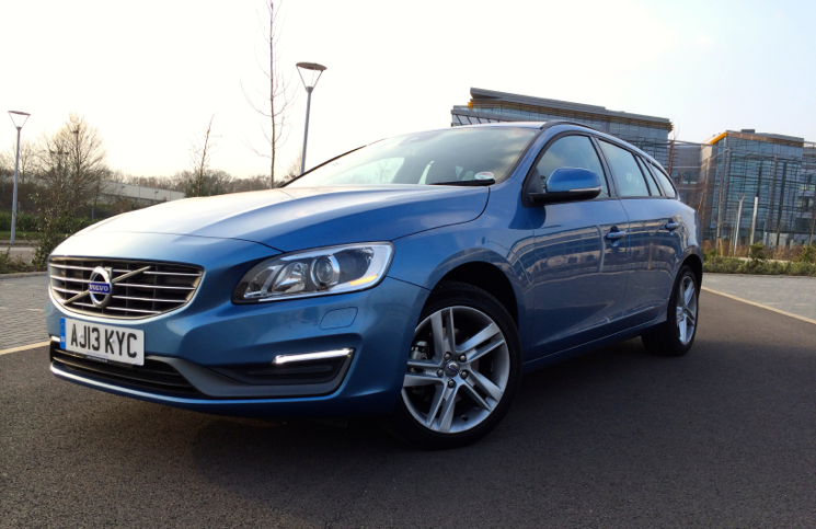 Volvo V60 D2 Business Edition front