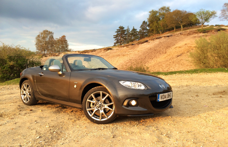 2014 Mazda MX-5 Roadster Coupe Sport Venture Edition front