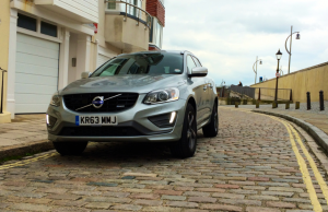 Volvo XC60 D4 R-Design AWD GT front