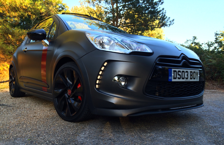 Citroen DS3 Racing Cabrio front
