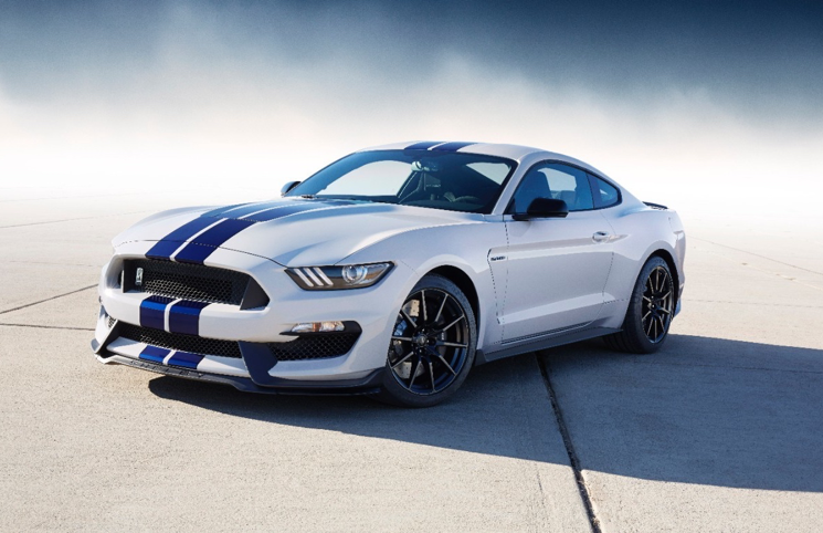 2015 Ford Shelby Mustang GT350 front