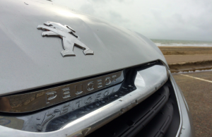 Peugeot 108 Allure badge