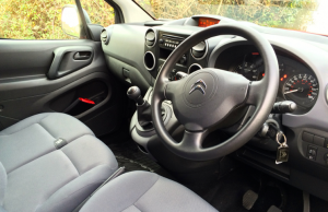 Citroen Berlingo HDi 90 L1 XTR+ inside