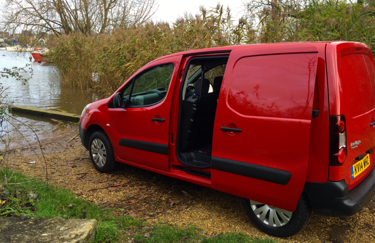 Citroen Berlingo HDi 90 L1 XTR+ profile