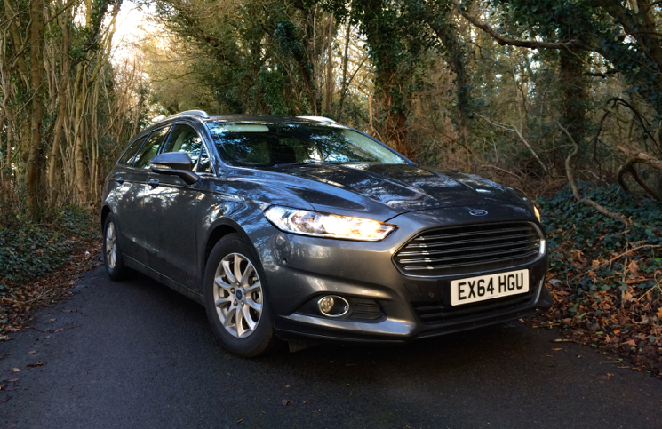 Review 2015 Ford Mondeo Estate 16 Econetic TDCI Zetec  Inside Lane