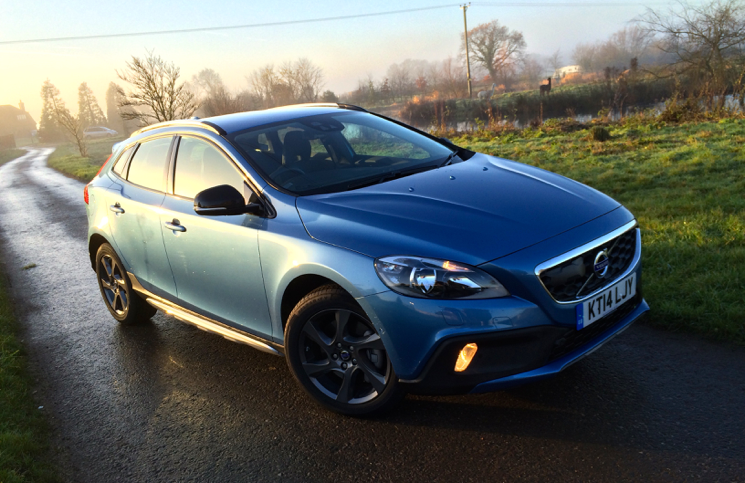 Volvo V40 Cross Country D4 front
