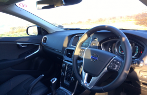 Volvo V40 Cross Country D4 inside