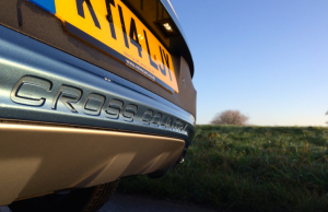 Volvo V40 Cross Country D4 logo