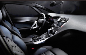 2015 Citroen DS5 inside