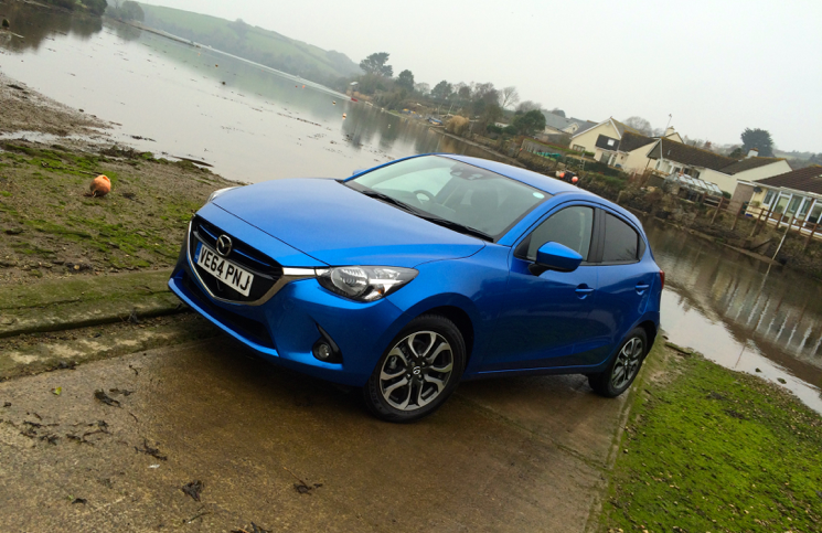 Review 2015 Mazda 2 1 5 Diesel 105ps Sport Nav Inside Lane