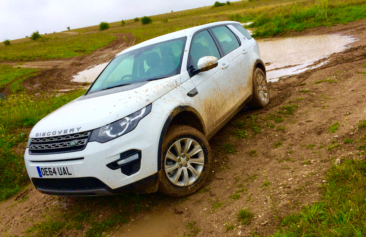 2015 Land Rover Discovery Sport off road