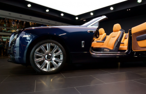 2015 Rolls-Royce Dawn door