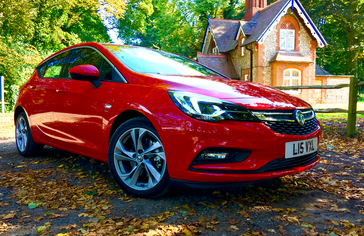 2015 Vauxhall Astra front