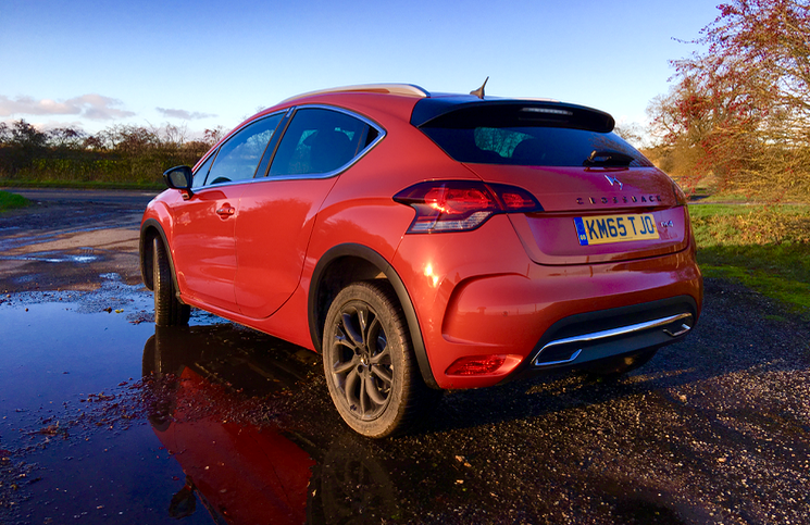 2015 DS 4 Crossback Blue HDi 120 rear