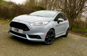 2016 Ford Fiesta ST200 front