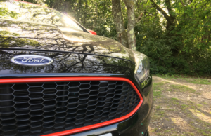 2016 Ford Focus Black Edition grill