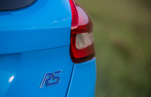 Ford Focus RS HPE400 badge