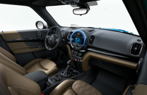 2017 Mini Countryman inside