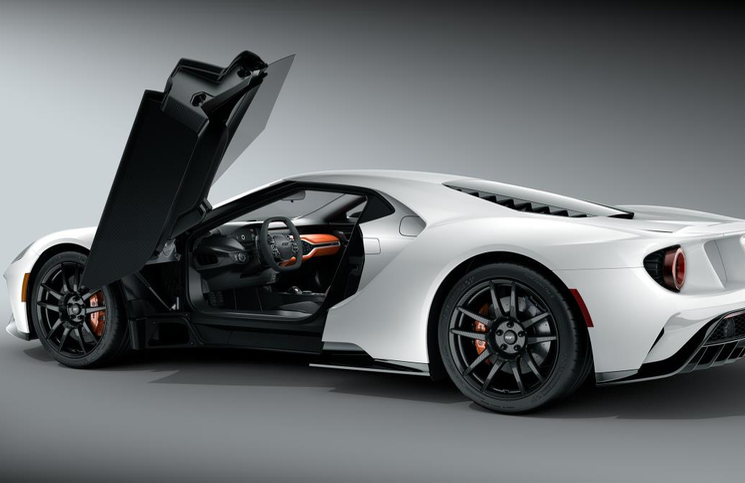 2017 Ford GT white door