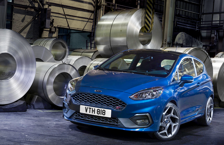 2017 Ford Fiesta ST front