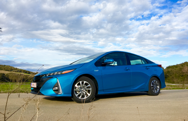 2017 Toyota Prius Plug-In Hybrid front