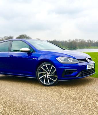2017 Volkswagen Golf R front